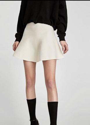 Zara тёплая бежевая вязанная юбка клёш