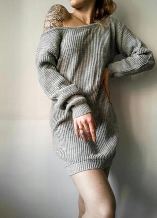 Вязаный свитер - платье на плечи!
