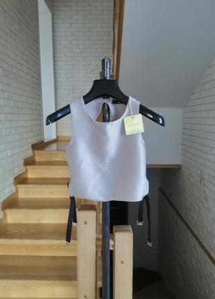 Стильна сучасна блуза топ