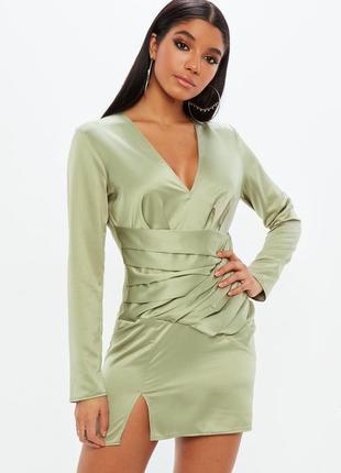 Нарядное сатиновое платье мини с длинным рукавом missguided, атласное с вырезом