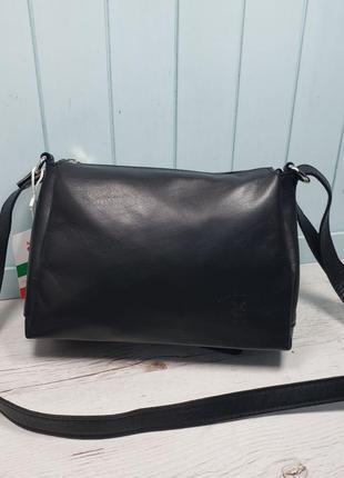 Женская кожаная итальянская сумка через плечо чёрная vera pelle жіноча шкіряна чорна