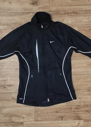 Водонепроницаемая куртка nike storm fit