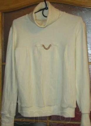 Нарядный свитерок, р.М-Л, состояние новое
