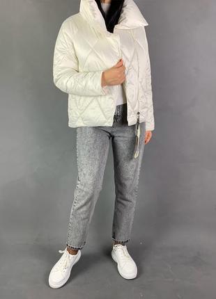 Объёмная белая куртка оверсайз /распродажа