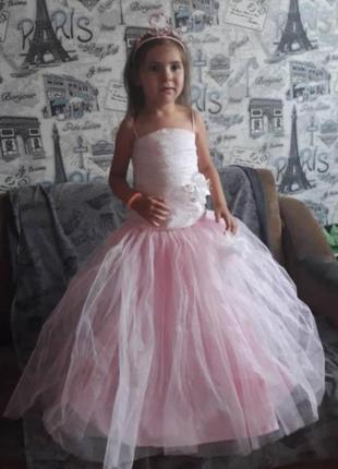 Нарядное розовое платье на 5-9 лет,праздник, фея, выпускное  корсет, на рост 110-122