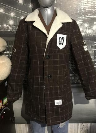 Деми пальто на искусственной овчине.
