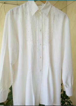 Блузка ,очень нарядная,расшитая жемчужиной