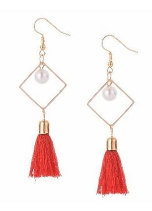 Распродажа! золотистые длинные серьги висюльки китички красные нити сережки бижутерия