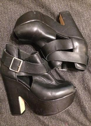 Topshop кожаные сандали босоножки на платформе танкетке