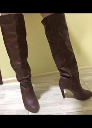 Высокие сапоги bershka