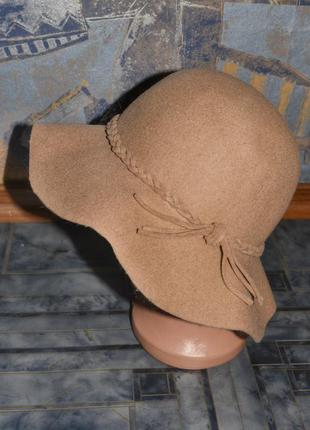 Шикарная фетровая шляпа zara