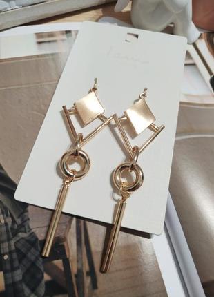 Актуальные длинные серьги-подвески i am, золотистые сережки ромбы asos6 фото