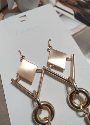 Актуальные длинные серьги-подвески i am, золотистые сережки ромбы asos4 фото