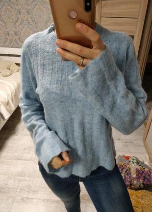 Большой выбор свитеров - теплый нежно голубой свитер 12% шерсть, 5% альпака