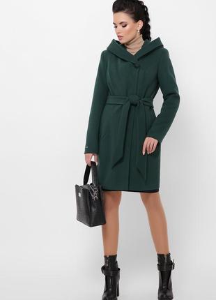 Зелене зимове пальто