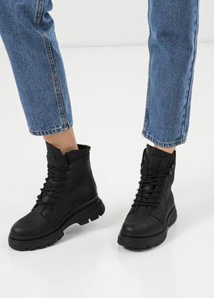 Кожанные ботинки kasandra