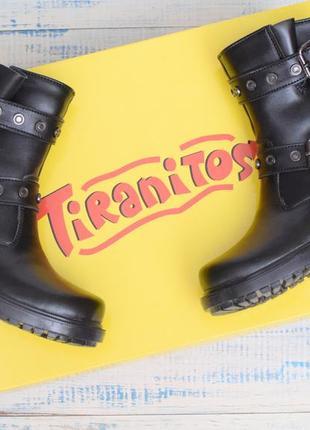 Стильные кожаные сапоги для девочки