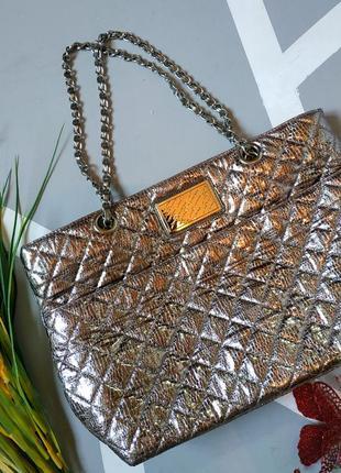 Серебристая трендовая сумка шопер мягкая металлизированная