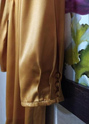 Актуальна гірчична сукня4 фото