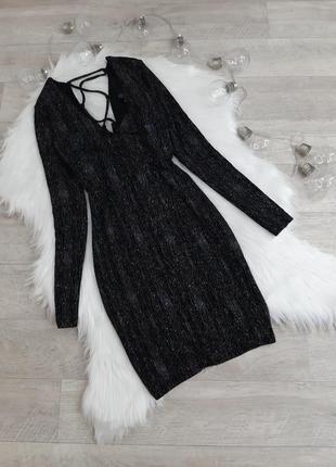 Черное блестящее платье с очень красивой спинкой topshop
