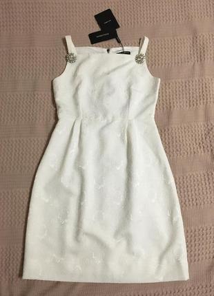Белое нарядное шелковое платье d&g dolce and gabbana