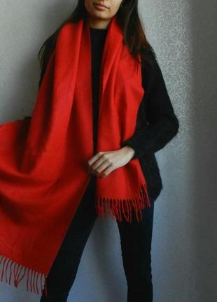 Яркий большой теплый шарф! состояние новой вещи