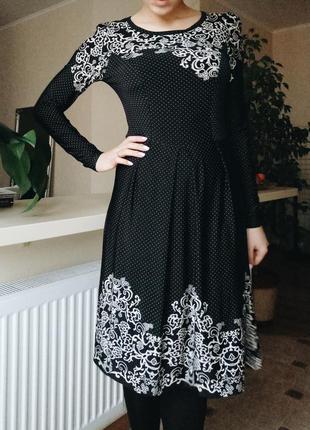 Стильное черное платье в горошек до колена от украинского бренда b.raise