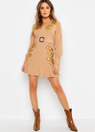 Модное платье boohoo в стиле 70 х  s_m