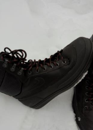 Зимние  демисезонные ботинки nike