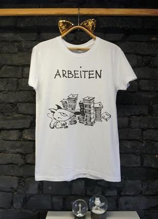 Дизайнерская футболка.