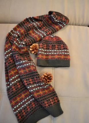 Тепла шапка й шарф colin's