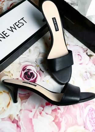 Nine west оригинал кожаные черные мюли на киттен каблуке