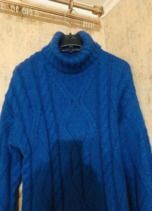 Стильный тёплый зимний свитер с косами