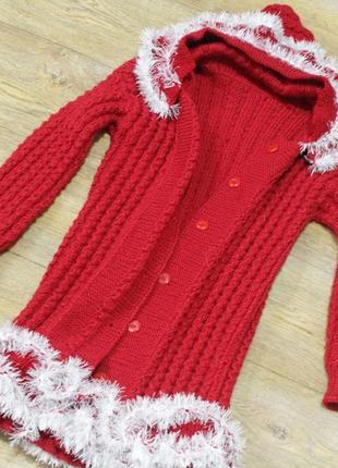Вязаное пальтишко для девочки