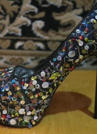 Шикарные туфли для праздника