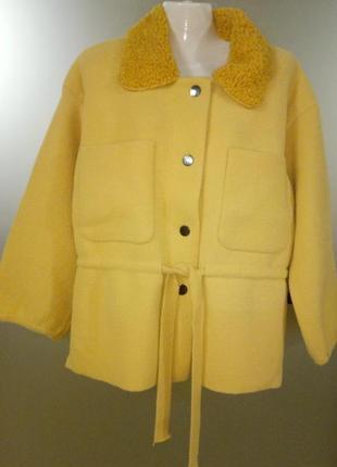 Теплая трикотажная курточка ,размер  l