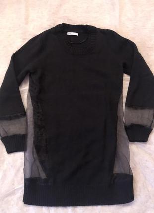 Стильный свитер с органзой