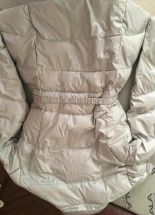 Зимняя курточка на пуху