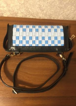 Кожаная сумка-клатч с ремешком5 фото