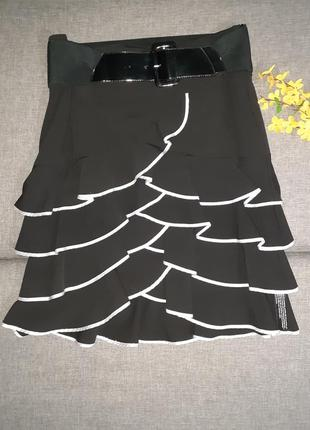 Юбка с воланами, оборками черно белая