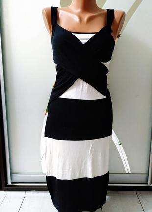 Платье с переплетом bonprix.