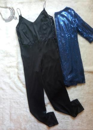 Черный нарядный ромпер комбинезон штанами атласный шелковый с гипюром ажурная бретелях