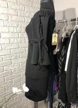 Черное платье в обтяжку, новое