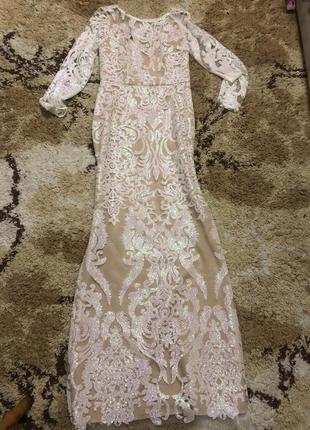 Шикарное длинное платье в пол нереальной красоты!