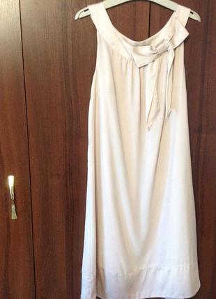 Легкое и праздничное платье