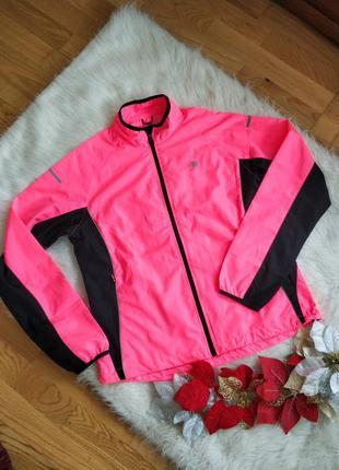 Фірмова спортивна куртка вітровка karrimor