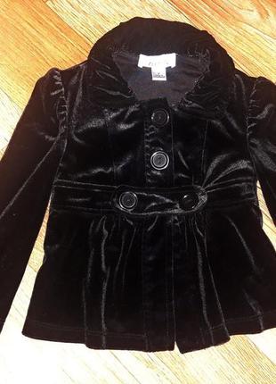 Очень крутой велюровый пиджачок на 2-3 годика в новом состоянии