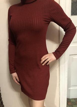 Бордове платтячко