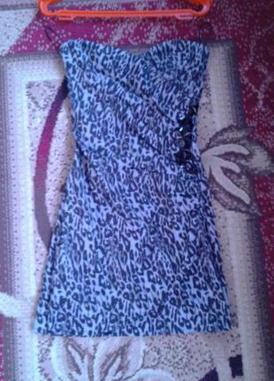 Гарне коктельне плаття