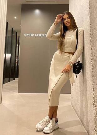 Zara трендовый трикотажный костюм